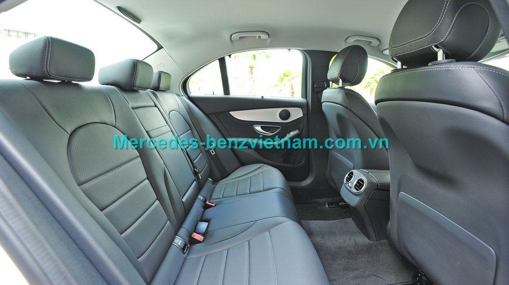 30c1bb64c1af05457b25d268226802fb_Mercedes-benz-C200-63jpg