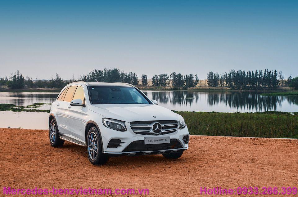 3669264_Mercedes-Benz-GLC-ra-mat44
