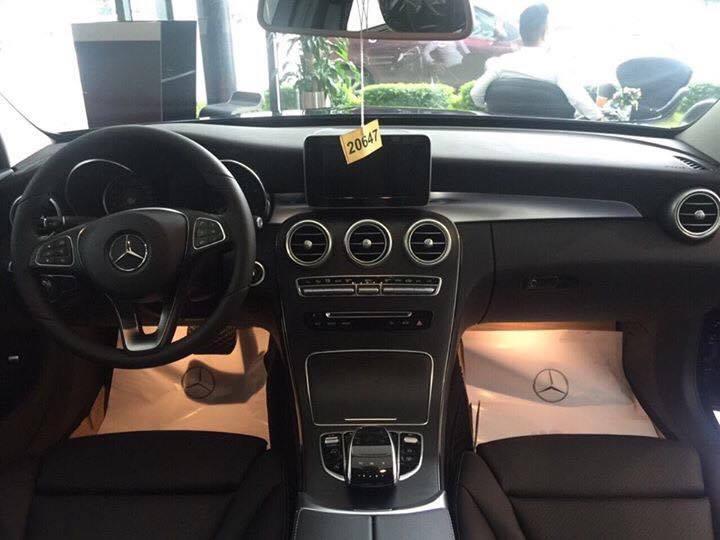 Mercedes C200 2017 (2)